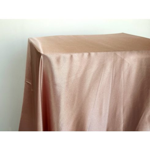 Sötét púderrózsaszín szatén táblaabrosz kölcsönzés választható méretben