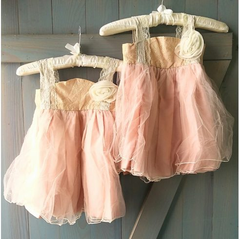 Rustic chic fáradt barackvirág színű tüll alkalmi kislány ruha