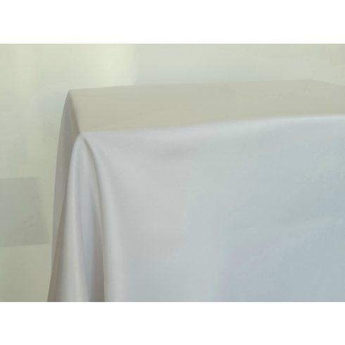 Fehér damaszt terítő kölcsönzés választható méretben