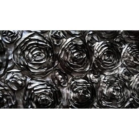 Fekete szatén táblaabrosz bérlése rózsamotívumos kasírozással