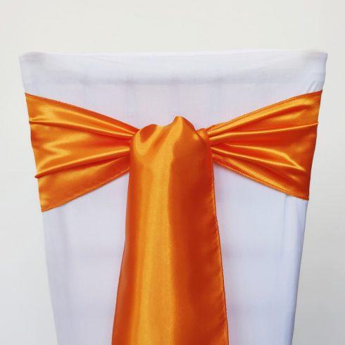 Narancssárga színű szatén székmasni kölcsönzés